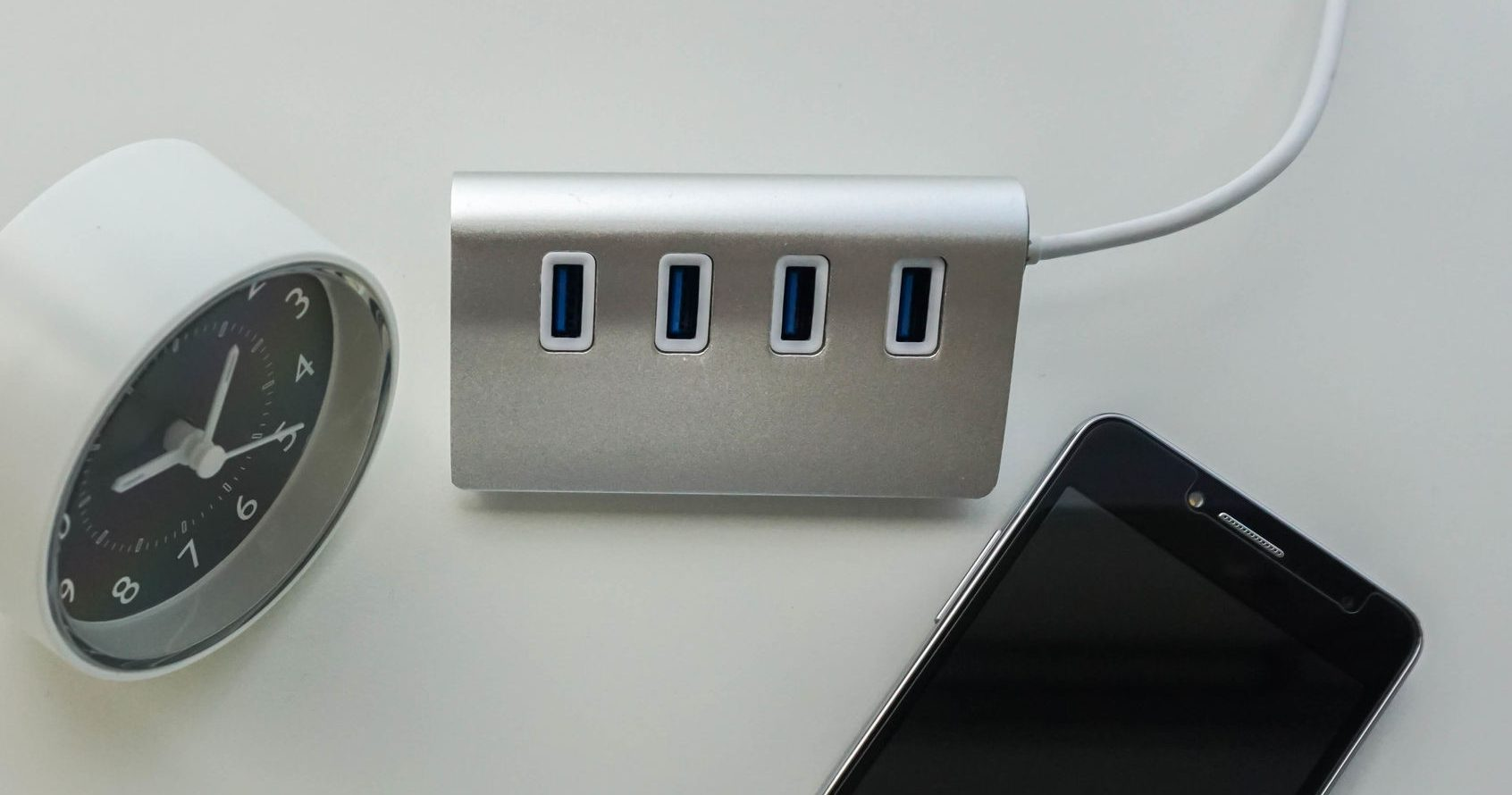 Best USB Charging Station 2020: Shopping Guide & Review