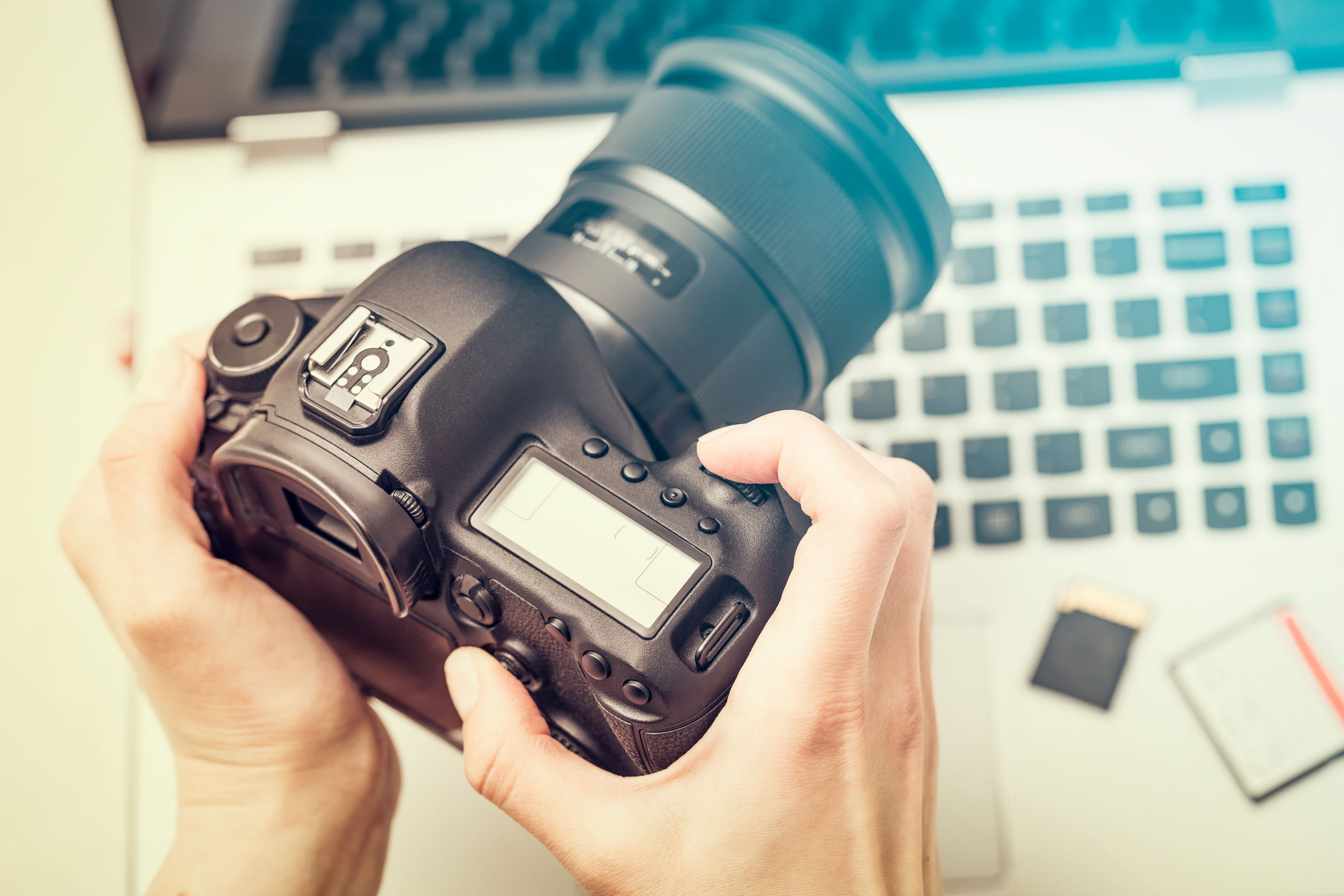 Best Digital Camera 2020: Shopping Guide and Review